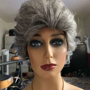 Eva Gabor synthetic wig salt and pepper